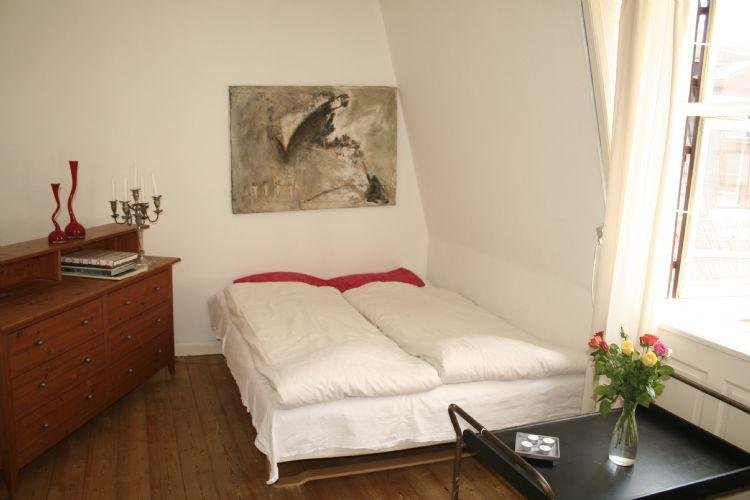 3 bedrooms, 1 bathroom - Very centrally located Copenhagen apartment at Stroeget - Copenhagen - rentals