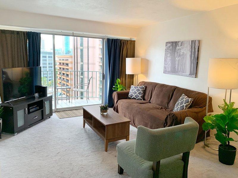 Honolulu apartment with 2 bedrooms | FlipKey