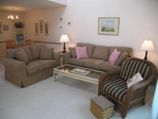 Ocean Edge Townhouse with King Bed & Pool (fees apply) - HO0089 - Brewster vacation rentals