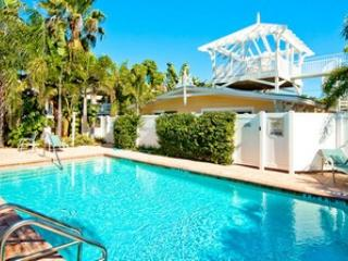 Palm Isle 3206 - Holmes Beach vacation rentals