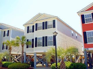 5 bedroom House with Shared Outdoor Pool in Garden City - Garden City vacation rentals