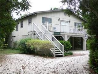 Moore Fun - Pet Friendly - Pawleys Island vacation rentals