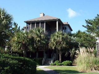 Cozy Pawleys Island House rental with A/C - Pawleys Island vacation rentals