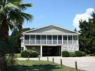 Strandhaus - Pet Friendly - Pawleys Island vacation rentals