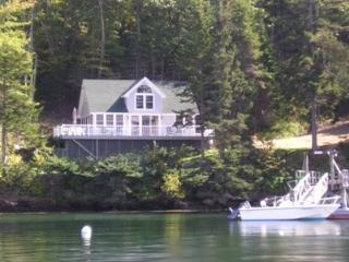 Contemporary Cottage at edge of the Linekin Bay - Georgetown vacation rentals