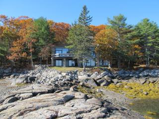 Spacious 4 bedroom Blue Hill House with Deck - Blue Hill vacation rentals