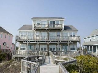 Spacious 4 bedroom Emerald Isle House with Internet Access - Emerald Isle vacation rentals