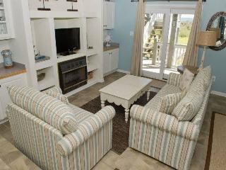 2 bedroom Condo with Internet Access in Emerald Isle - Emerald Isle vacation rentals