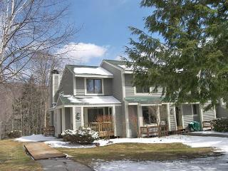 F1801- Managed by Loon Reservation Service - NH M&R:056365/Business ID:659647 - Lincoln vacation rentals