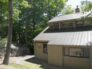 V063E- Managed by Loon Reservation Service - NH M&R:056365/Business ID:659647 - Lincoln vacation rentals