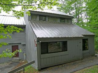 V021W- Managed by Loon Reservation Service - NH Meals & Rooms Lic# 056365 - Lincoln vacation rentals