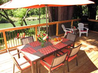 Nice House with Deck and Internet Access - Guerneville vacation rentals