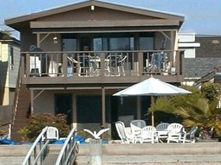 Relax on the Balboa Channel! Spacious Patio & Great Views! (68122) - Newport Beach vacation rentals
