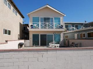 Best Oceanfront Deal in Newport! Fantastic Views & Huge Patio! (68146) - Newport Beach vacation rentals