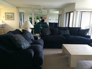 2 Bedroom, 2 Bathroom Vacation Rental in Solana Beach - (SUR106) - Solana Beach vacation rentals