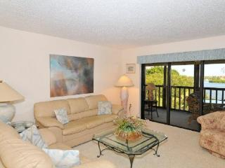 Bright 2 bedroom Condo in Siesta Key - Siesta Key vacation rentals