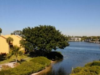 View From Condo - Siesta Key 3BR/2BA- Buttonwood 940 - Siesta Key - rentals