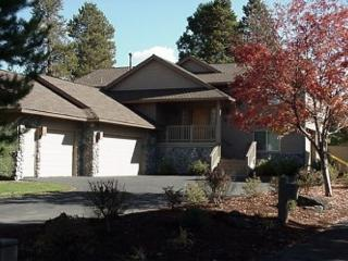 Lift Ticket Deals with Pool Table and 3 Master Suites On the Golf Course - Sunriver vacation rentals