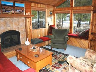 Lodge Style Sunriver Home with A/C and Pet Friendly Near Deschutes River - Sunriver vacation rentals