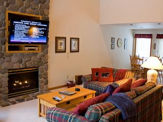 Family Fun Sunriver Home with Ping Pong Table and Wifi Near North Store - Sunriver vacation rentals