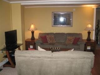 Beautiful 1 bedroom Stowe House with Television - Stowe vacation rentals