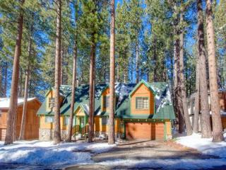 Classic Tahoe home 1 block from Heavenly Valley - HCH0847 - South Lake Tahoe vacation rentals