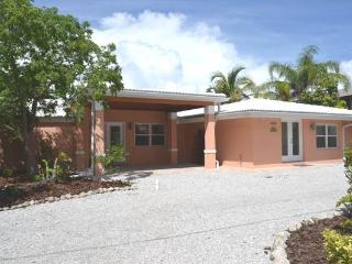Lake by the Beach - Holmes Beach vacation rentals