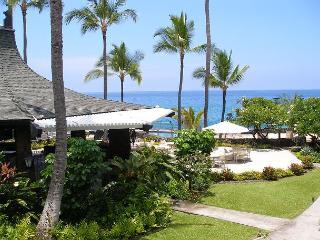 Casa de Emdeko 233 - AC Included at Ocean Front Complex! - Kona Coast vacation rentals