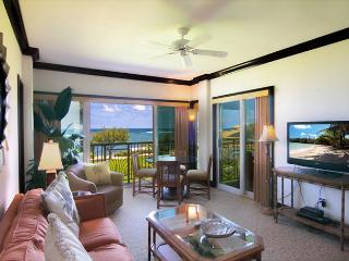 Waipouli #G-306: Enjoy tranquil sounds of Hawaii's Ocean while in every room! - Kapaa vacation rentals