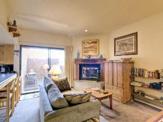 Charming 1 bedroom Taos House with Dishwasher - Taos vacation rentals