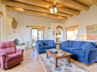 Cozy 2 bedroom Vacation Rental in Taos - Taos vacation rentals