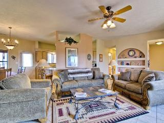 Lovely 3 bedroom House in Taos with Dishwasher - Taos vacation rentals