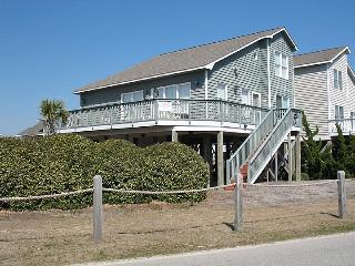 3 bedroom Cottage with Deck in Ocean Isle Beach - Ocean Isle Beach vacation rentals