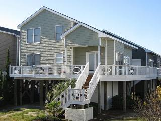 Nice Cottage with Internet Access and A/C - Ocean Isle Beach vacation rentals
