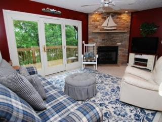Cozy House with Hot Tub and A/C - McHenry vacation rentals
