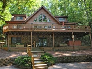 Comfortable 6 bedroom Swanton House with Hot Tub - Swanton vacation rentals