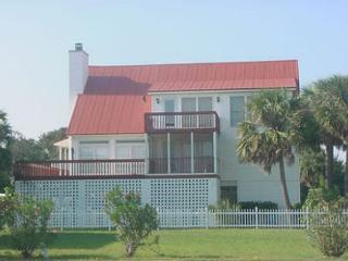 Pop Pop's Place - Ocean Views, Screened Porch - Edisto Island vacation rentals