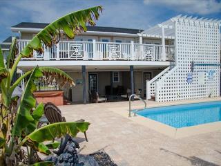 Edisto Oasis - Private Pool, Hot Tub, Beach/Ocean Front! - Edisto Island vacation rentals
