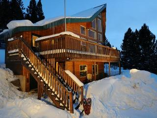 Cozy House with Deck and Dishwasher - Philipsburg vacation rentals