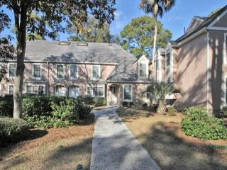 3BR/3BA Townhome is Spacious and Totally Re-decorated and has Lagoon Views - Hilton Head vacation rentals