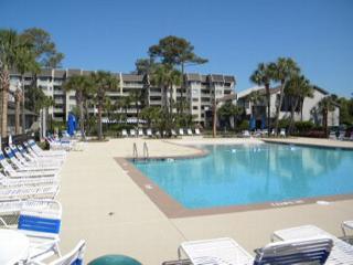 2BR/2BA Oceanview Villa has Bright and Cheerful Colors - Hilton Head vacation rentals