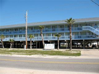 Nice Condo with Shared Outdoor Pool and Microwave - Gulf Shores vacation rentals