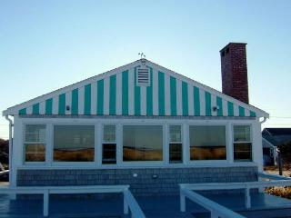 Lovely 3 bedroom Sagamore Beach House with Deck - Sagamore Beach vacation rentals