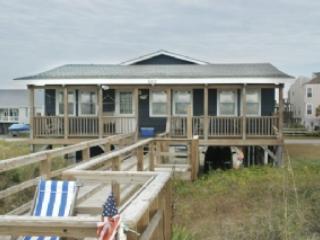Life's A Beach - Life's A Beach - Oak Island - rentals