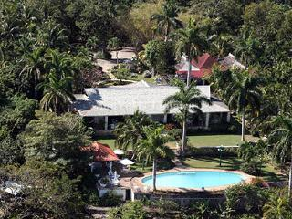 Drambuie - Montego Bay 5 Bedroom - Montego Bay vacation rentals