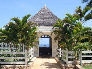 Nutmeg - Spring Farm, Montego Bay 6 Bedrooms - Montego Bay vacation rentals