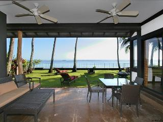 Contemporary, Chic, Beachfront home in Honolulu location | Last Minute $395! - Kahala vacation rentals