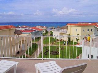 3 BR Townhouse at Costa del Sol.  Beachfront Pool, Fast Internet, Near Reefs - Cozumel vacation rentals