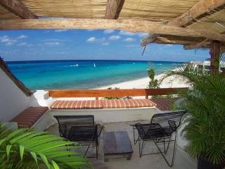 Beachfront on San Francisco Beach, Rooftop Balcony, Brilliant Ocean View - Cozumel vacation rentals