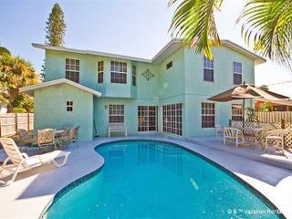 Rialto Mansion, 6 Bedrooms, Sleeps 16, Pool, Wifi - Venice vacation rentals